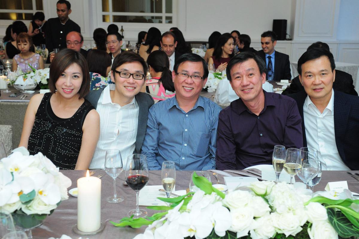 Mrs Pamela Tan, Dr. Ivan Tan, Dr. Joshua Lim, Dr. Chee See Guan & Dr. Chua Teo Ngee