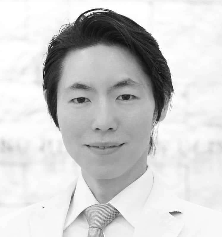 Director Kentaro Oku,  MD Azaminohills skin clinic / Research and Training center